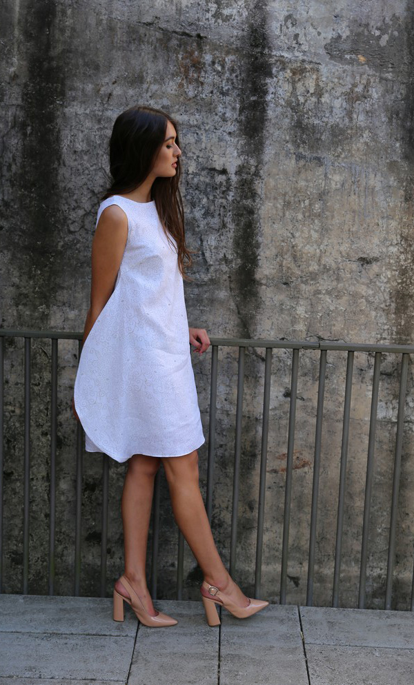 Delicate Pin-Point Flower Design Dress With Soft Side-1
