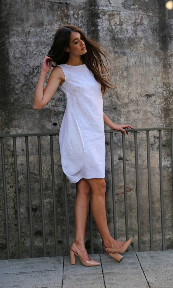 Delicate Pin-Point Flower Design Dress With Soft Side-3