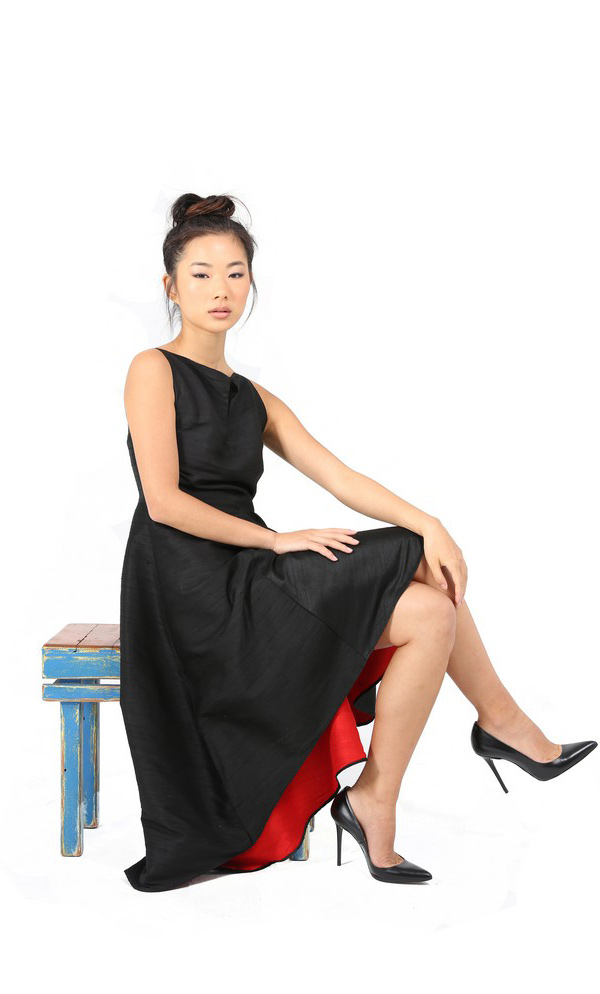 Flamenco Style Summer Dress With Straight Slit Neckline-5